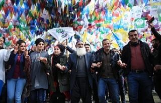 HDP yarın 'Herkes İçin Adalet' kampanyasının...