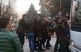 Kocaeli'de Boğaziçi protestosunda 17 gözaltı