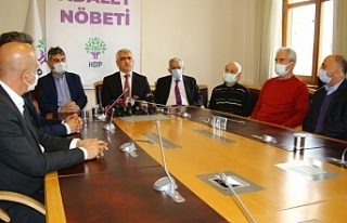 Adalet Nöbeti'nde konuşan Ahmet Türk: Güçlenerek...