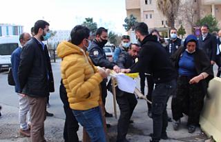 'Adalet' nöbetine Polis müdahalesi: Şenyaşar...