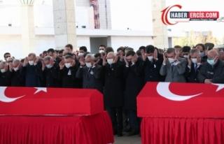 Bitlis'te hayatını kaybeden 11 asker törenle...