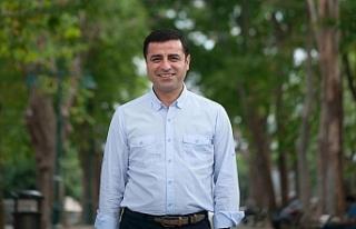 Demirtaş: HDP'yi kapatacaklarsa HDP ile birlikte...