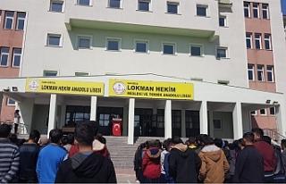 Erciş'te bir okulda daha koronavirüs vakaları...