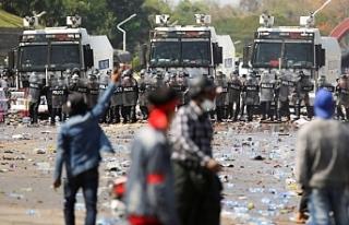 Myanmar'daki protestolarda 500'den fazla...