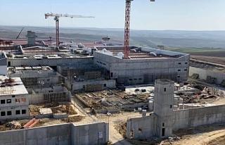 AKP'den cezaevlerine yatırım: Bir yılda 17'si...