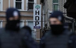 Diyarbakır'da ev baskınları: 11 gözaltı