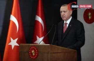 Erdoğan: Gavurun kılıcını sallayarak üzerimize...