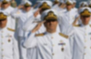 Montrö bildirisini yayınlayan amirallere gözaltı