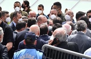 AKP'lilerden 'lebaleb' cenaze namazı