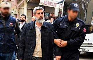 Adana'da Alparslan Kuytul ve 395 kişi gözaltında