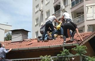 İzmir'de sokakta, çatıda, balkonda 1 Mayıs:...