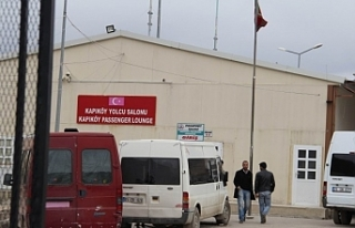 Van'da Kapıköy Sınır Kapısı açıldı turist...