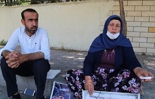 Emine Şenyaşar: Eşimi gözümün önünde katlettiler
