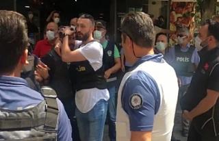 HDP İzmir İl Örgütü'ne giren saldırgan...