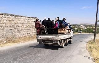 Siviller Rusya'nın bombaladığı İdlib'in...
