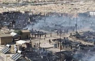 Êzidî kampında çıkan yangında 400 çadır kül...