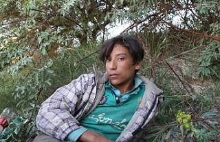 12 yaşında zulümden kaçıp Van'a ulaşan mülteci...