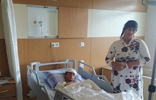 Askerin yaraladığı çocuğun tedavisi sürüyor