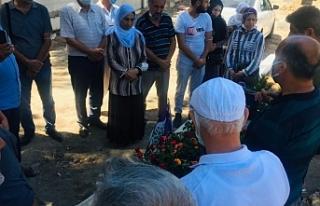 Deniz Poyraz'ın mezarı ziyaret edildi