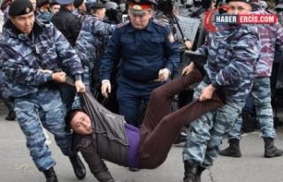 """Kazakistan'da rejim, muhaliflerini """"aşırıcılık""""..."""