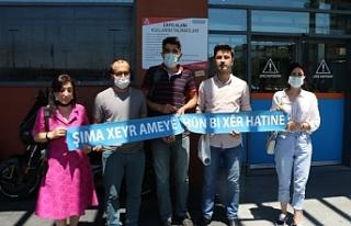 Kürtçe'ye yer vermeyen Decathlon'u protesto...