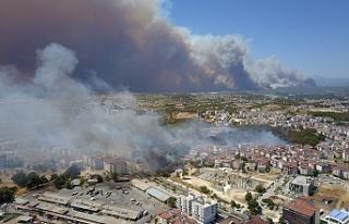 Manavgat'taki yangında 3 kişi yaşamını yitirdi