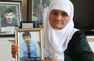 Süleyman Aksu'nun annesi: Günde 3 kez mezarına...