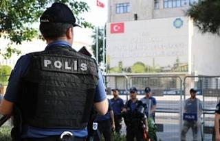 Diyarbakır, Adana ve Mersin'de 90 kişi 3 gündür...