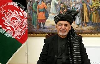 Taliban Kabil'e girdi, Afganistan Cumhurbaşkanı...
