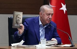 """""""Benim vatandaşım memnun"""" diyen Erdoğan'dan..."""
