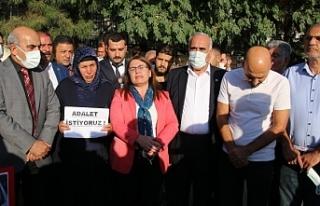 CHP'den Şenyaşar ailesine ziyaret: Dosyanın üzerinde...