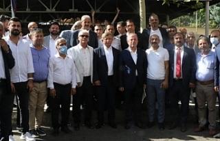 Davutoğlu, Diyarbakır 5 Nolu'nun önünde konuştu