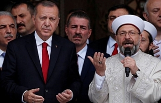 Eliaçık: Erdoğan, Erbaş'la oy arttırmaya...