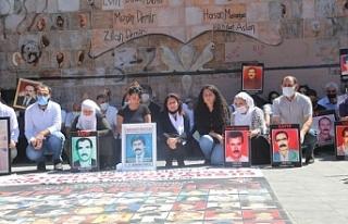 Kayıp yakınları 158 hafta sonra Yaşam Hakkı Anıtı...