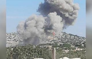 Rus uçakları İdlib'de TSK üssü yakınlarını...
