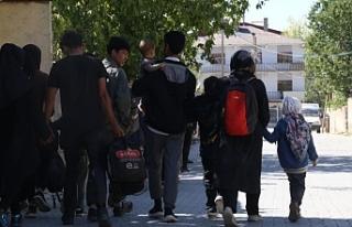 Van'da İnsan kaçakçıları mültecileri dolandırdı