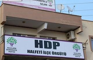 Gözaltına alınanlara HDP dayatması: Binalarını...