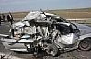 Elazığ Bingöl Karayolunda Kaza: 3 Yaralı