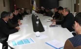 Özalp Belediye Meclisi'nden gözaltı tepkisi