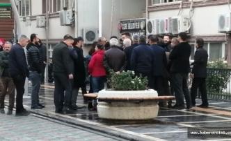 İpekyolu, Özalp, Nusaybin, Sur, Savur, Cizre ve İdil'de, Seçilmiş meclis üyeleri Belediyeye alınmadı