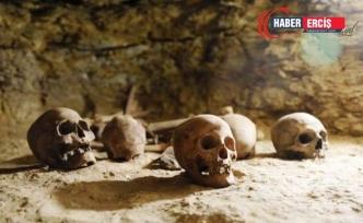 Binlerce Hizmetçiyle Gömülmüş Antik Mısır Rahipleri Bulundu