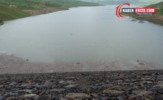 Baraja düşen bir işçi kayboldu
