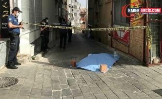İzmir'de intihar iddiası
