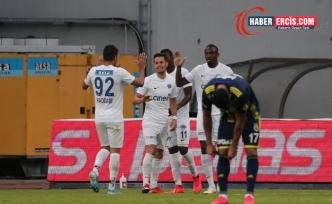Kasımpaşa evinde Fenerbahçe'yi 2-0 yendi
