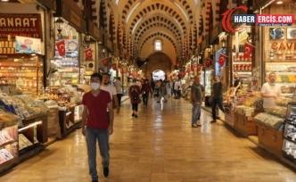 Mısır Çarşısı'nda turist ve dolar durgunluğu