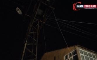 Van'da VEDAŞ mahalleyi elektiriksiz bıraktı