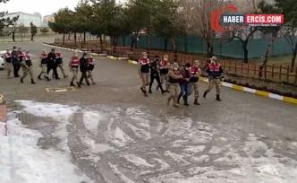 Erciş'te 6 kişi tefecilik suçlamasıyla gözaltına alındı