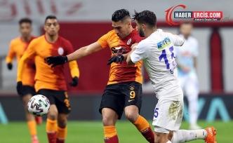 Galatasaray  Rizespor'a 4-3 yenildi