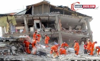 Erciş depreminde yıkılan bina için 10 yıl sonra karar