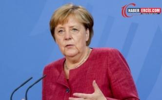 Merkel'den 'Taliban'la diyalog devam etmeli' çağrısı